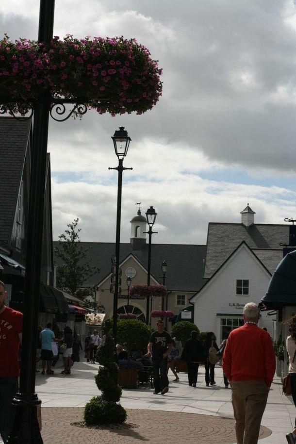 Kildare Village, Outlet